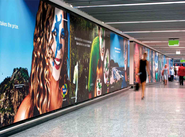 wall_wraps_mall_baracade